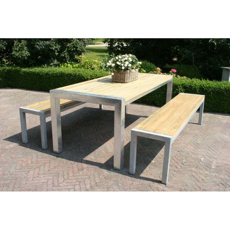 Tuinset staal finest tuinset cordanza polywood met stalen for Ikea fusion tafel
